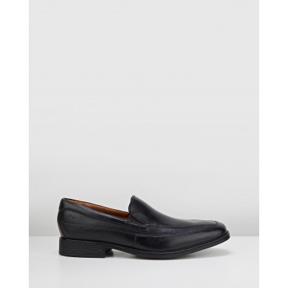 Tilden Free Black Leather by Clarks