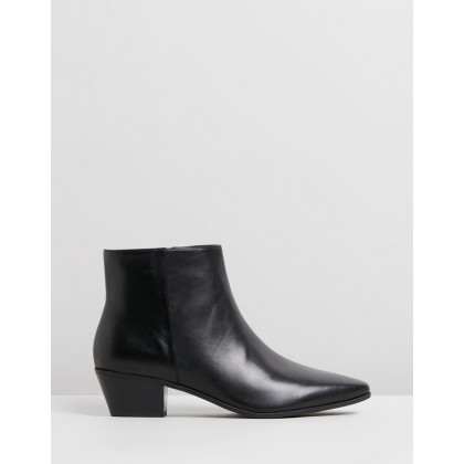 Toya Black Leather by Nine West