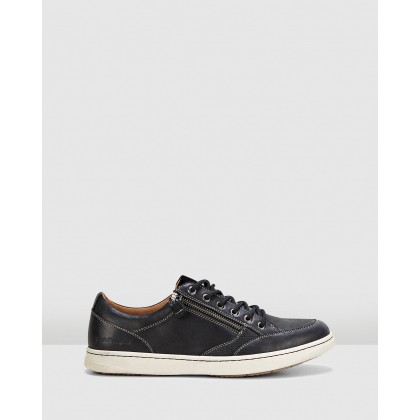 Trent Black Oiled Leather by Hush Puppies