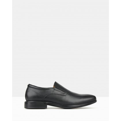 Trophy 2 Slip On Dress Shoes Black by Airflex
