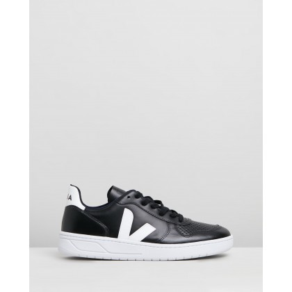 V-10 - Unisex Black, White & White Sole by Veja