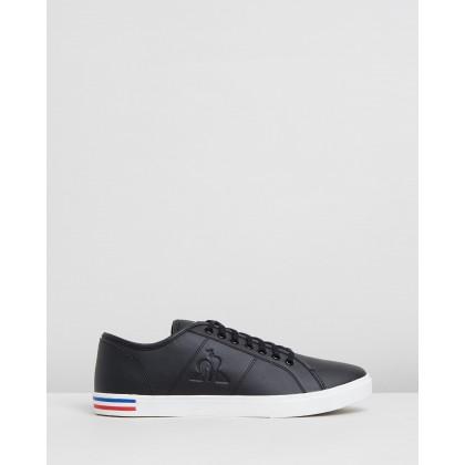 Verdon Premium Sneakers Black & Optical White by Le Coq Sportif