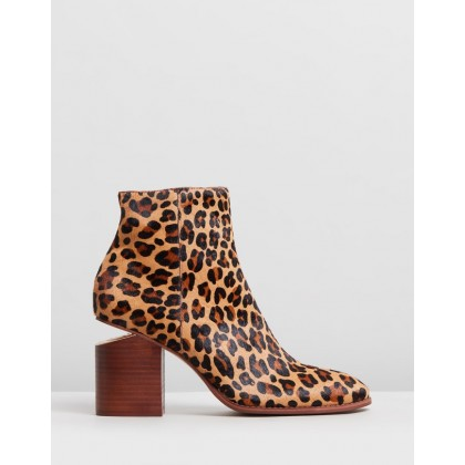 Vola Boots Ocelot by Mollini