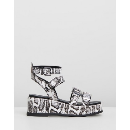 Weggy Sandals Black & White by Bronx