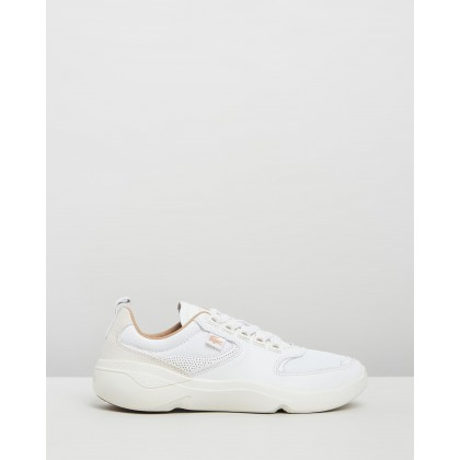 Wildcard 319 2 Sneakers - Women's White & Off-White by Lacoste