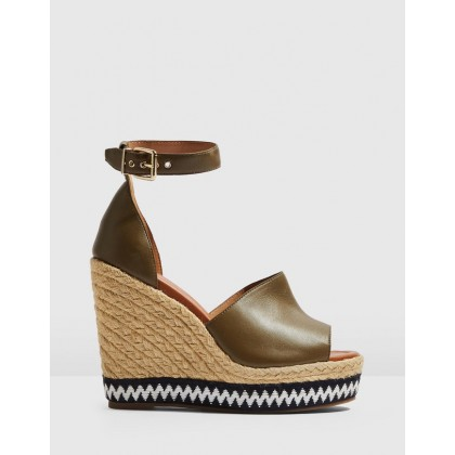 Wing Wedges Khaki by Topshop