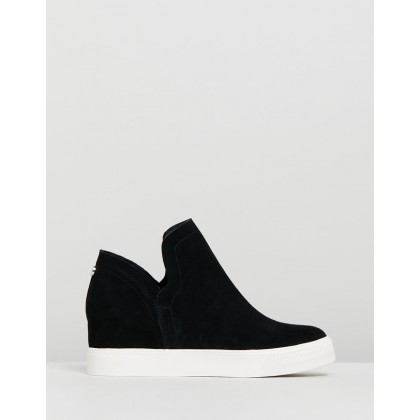Wrangle Black Suede by Steve Madden