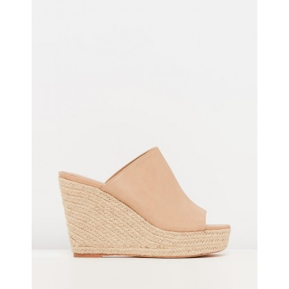 Zelma Mule Wedges Nude Smooth by Spurr