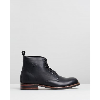Zion Boots Black by R&A