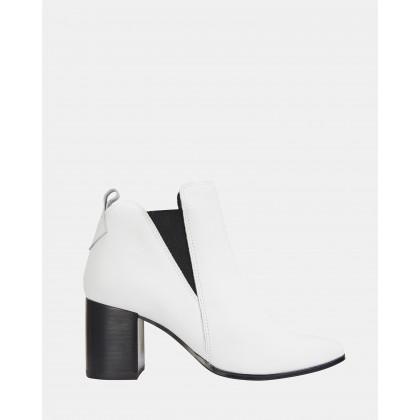 Morgan Winter White Glove by Jane Debster