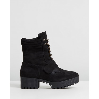 Lace Up Worker Boots Black by Missguided