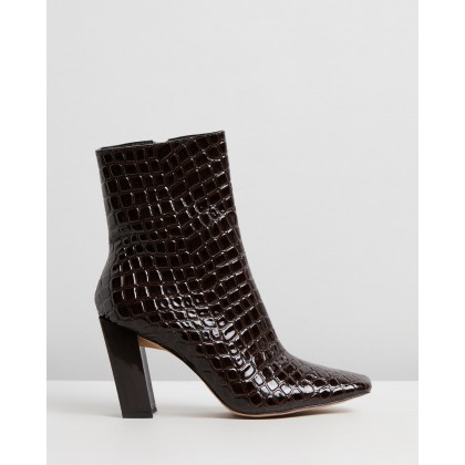 After Dark Croc Boots Brown by Missguided