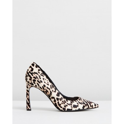 Xenia Shoes Leopard by M.N.G