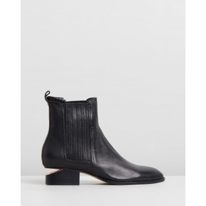Isoly Boots Black Leather by Mollini