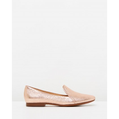 Emiline Rose Gold Spark by Nike