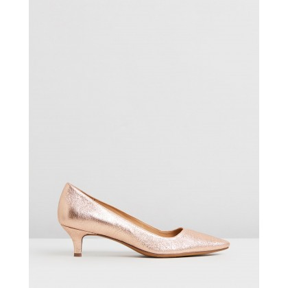 Pippa Rose Gold by Naturalizer