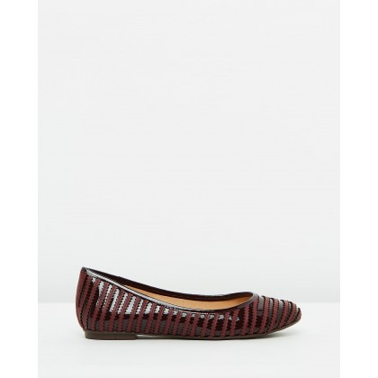 Zaria Flats Burgundy by Spurr