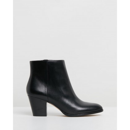 Furious Black Leather by Nine West
