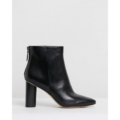Eric Black Leather by Nine West