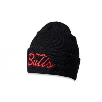 Bulls Script Beanie Bulls red