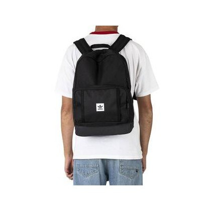 Classic Backpack 0