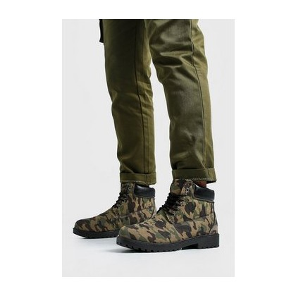Camo Worker Boots in Camo