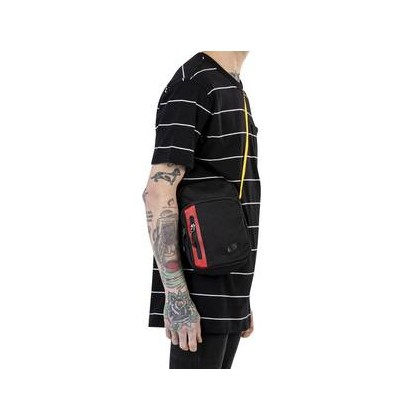 Nike Tech Bag 0