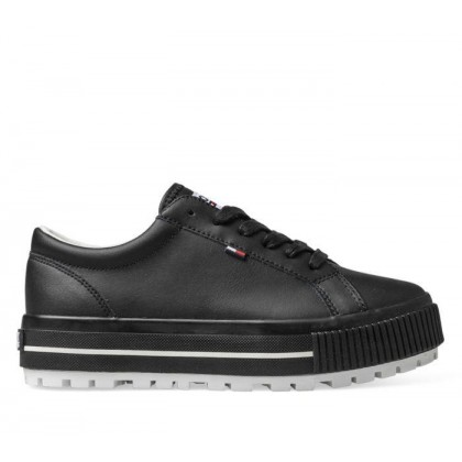 Womens Lowtop Cleated Black
