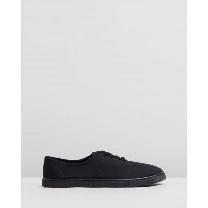 Juno Plimsoll Sneakers Black by Rubi