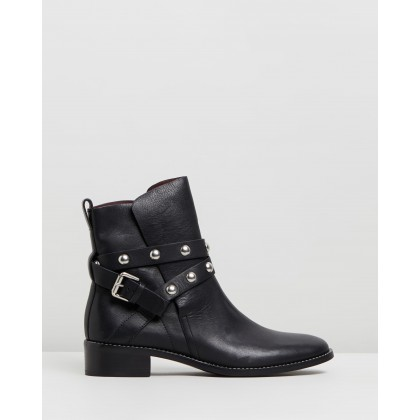 Studded Wrap Leather Flat Boots Black by See By Chlo??