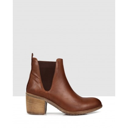 Lenora Ankle Boots Brown by Sempre Di