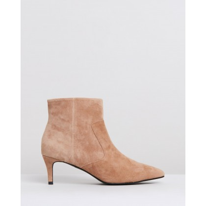 James Boots Tobacco Suede by Sol Sana