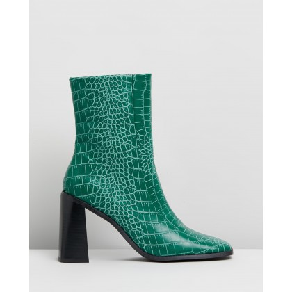 Hallie Ankle Boots Green Croc Smooth by Spurr