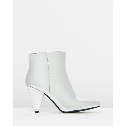 Nava Ankle Boots Silver Mirror by Spurr