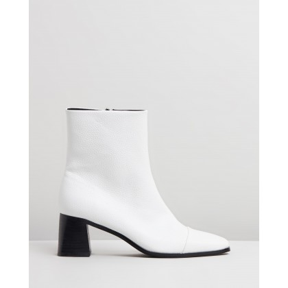 Delphina Ankle Boots White Smooth by Spurr