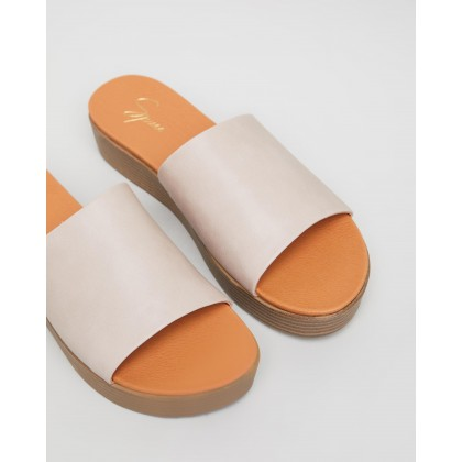 Scarlett Sandals Latte Smooth by Spurr