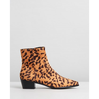 Baxter Ankle Boots Leopard Microsuede by Spurr