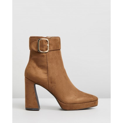 Kink Boots Tan Microsuede by Spurr