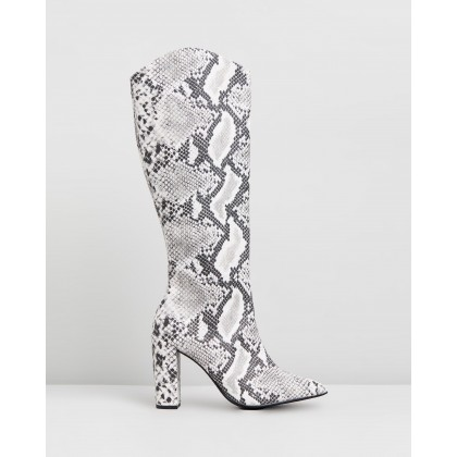 Skylar Boots Black & White Snake by Therapy