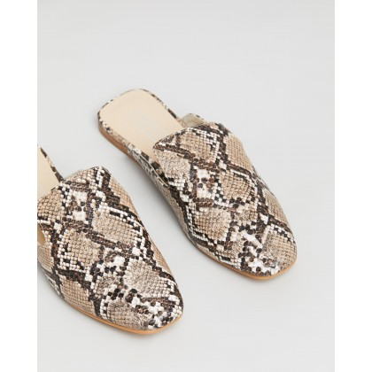 Estella Taupe Snake by Therapy