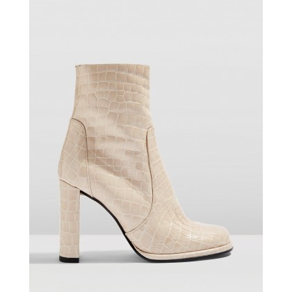 Hattie Boots Natural by Topshop