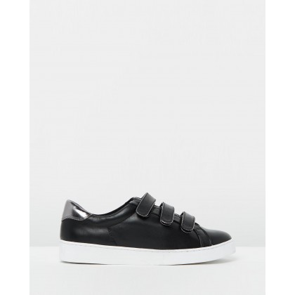 Bobbi Casual Sneakers Black by Betts