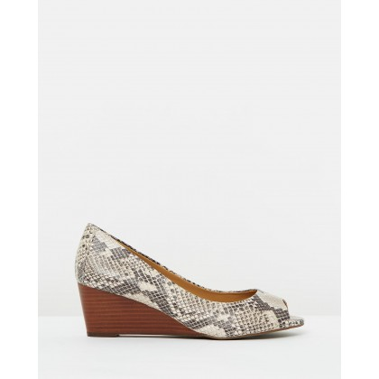 Bria Wedges Natural Snake by Vionic