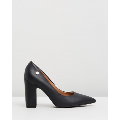 Mabel Pumps Black by Vizzano