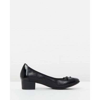 Grace BLACK PAT PRINT by Wide Steps