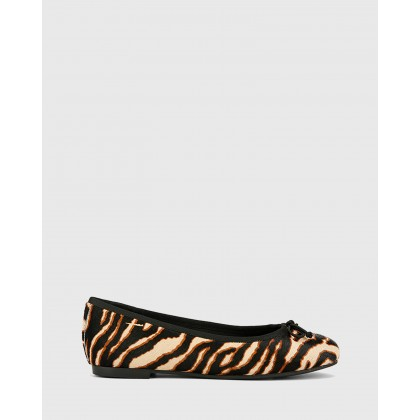 Collies Round Toe Flats Prints by Wittner